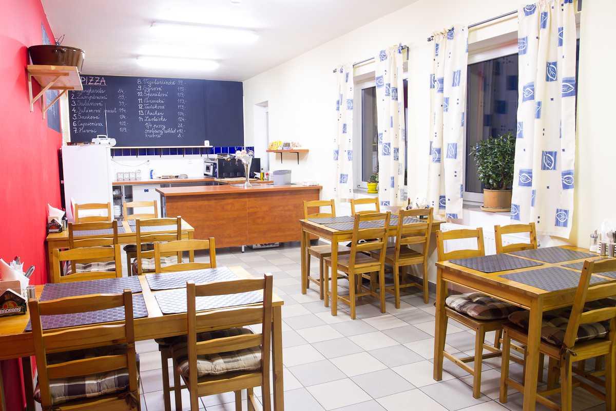 Pizzerie - interiér 3