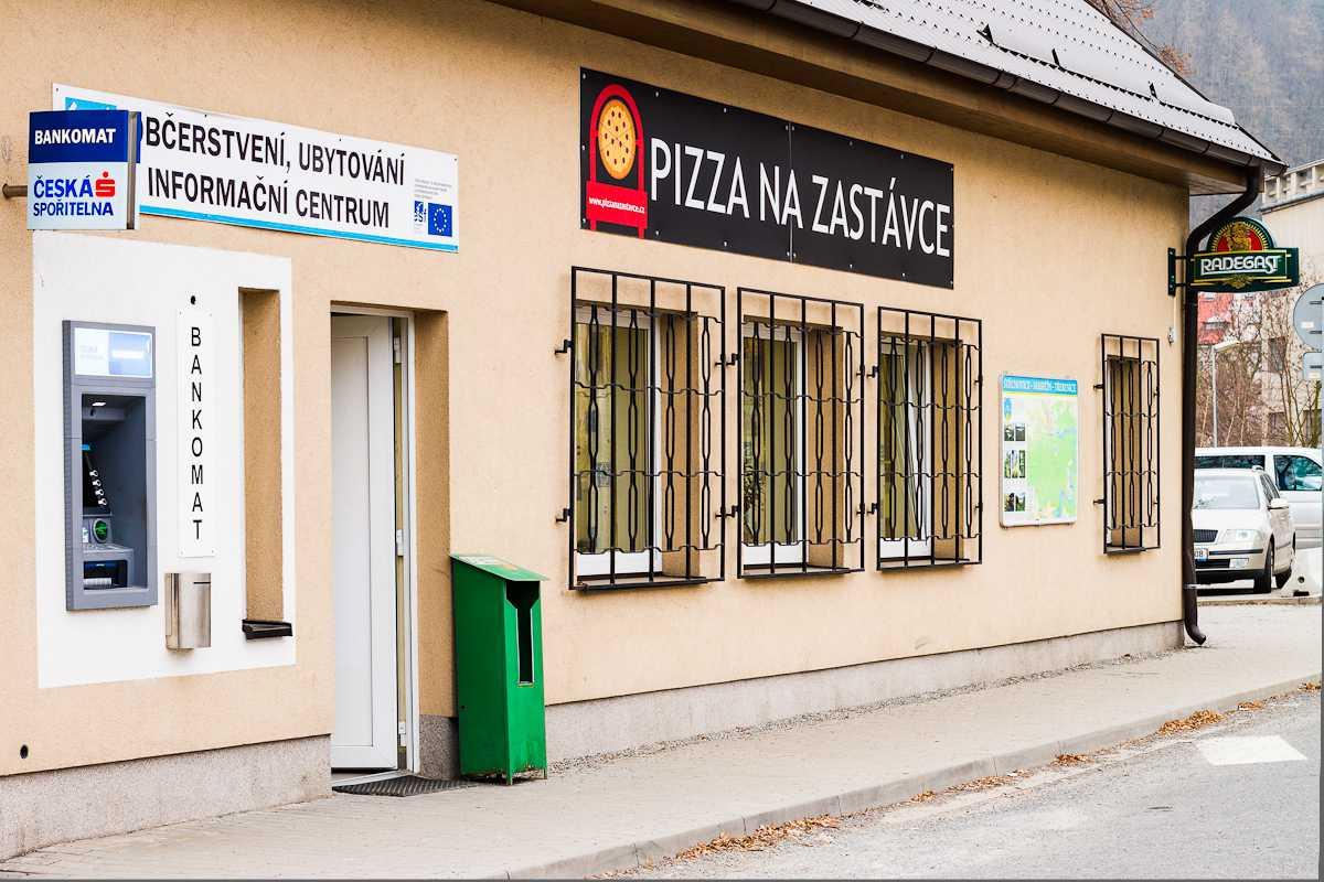 Pizzerie - vchod